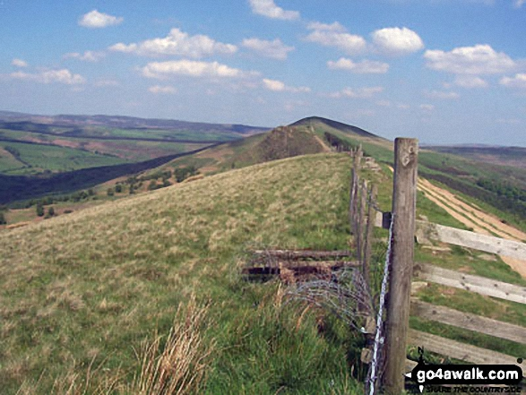 East to Backtor Nook and Back Tor (Hollins Cross) from Hollins Cross. Walk route map d123 Mam Tor via Cavedale from Castleton photo
