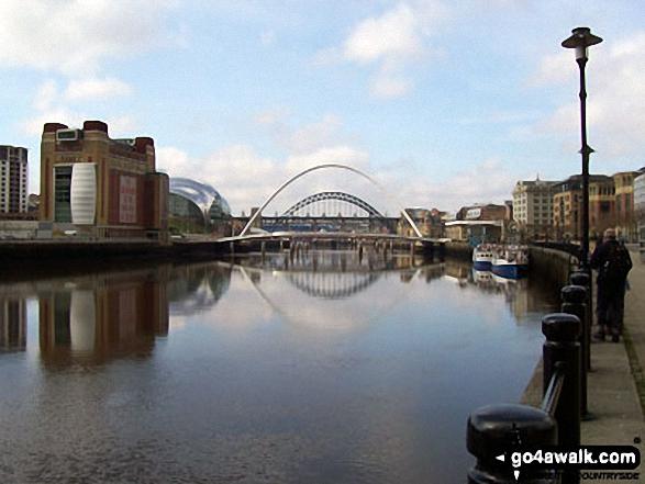 Walk tw100 The River Tyne from Gateshead Millennium Bridge (Baltic Square) - River Tyne, Newcastle - Millennium Eye Bridge and Tyne Bridges, Baltic Tower and Sage Building - Walking The Hadrian's Wall Path National Trail - Day 1