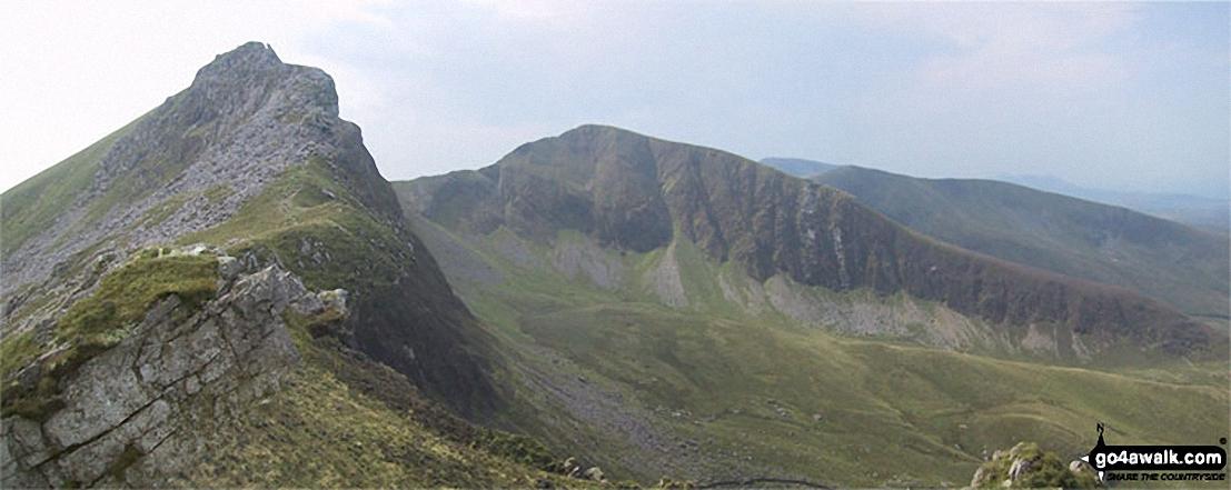 Mynydd Drws-y-coed (The Nantlle Ridge) and Trum y Ddysgl from Y Garn (Moel Hebog)