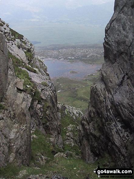 Llyn y Foel from the Moel Siabod Ridge. Walk route map cw180 Carnedd Moel Siabod, Y Foel Goch and Gallt yr Ogaf from Pont Cyfyng, Capel Curig photo