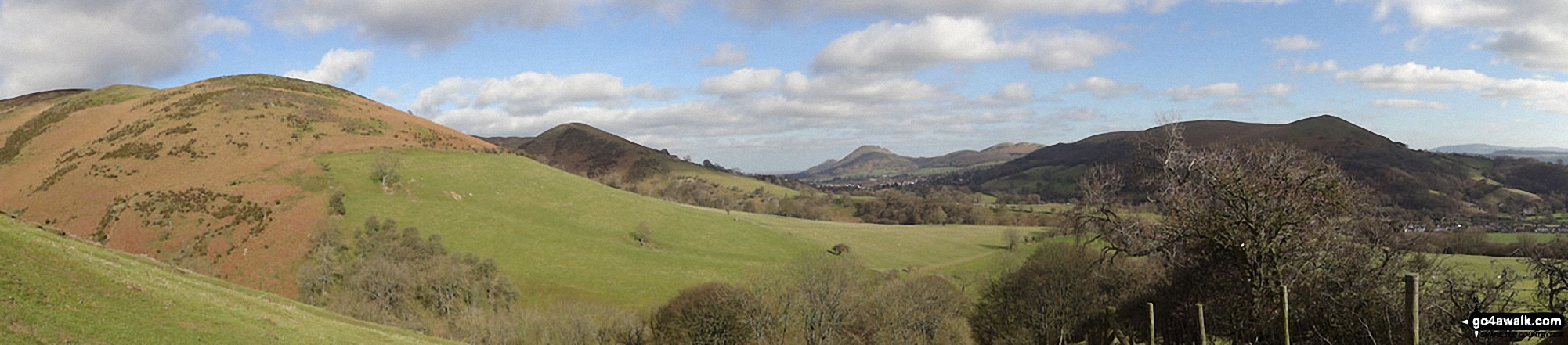 Callow (left), Nills, Church Stretton, The Lawley, Caer Caradoc Hill and Ragleth Hill (right) from near Minton