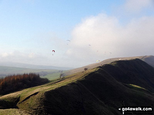 Hangliders off Lord's Seat (Rushup Edge) from Mam Tor