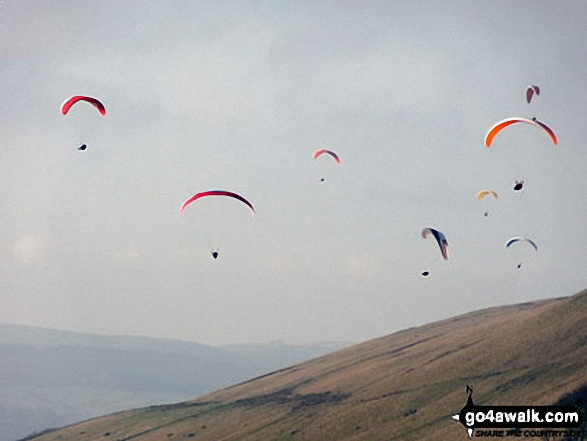 Hangliders soaring above Lord's Seat (Rushup Edge) viewed from Mam Tor