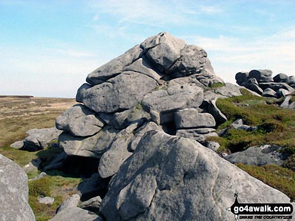 Rock formations on Mallowdale Fell (Ward's Stone) western summit