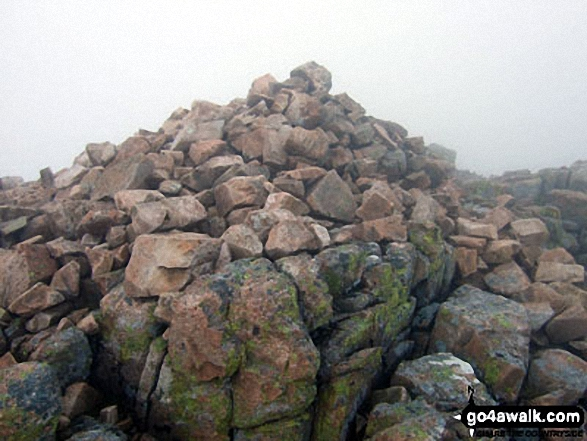 Buachaille Etive Mor (Stob Dearg) summit cairn