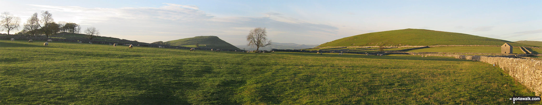 Narrowdale Hill (right) and Gratton Hill (right) from near Alstonefield