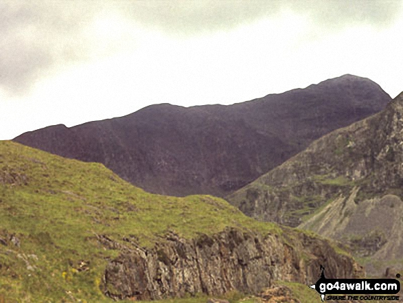The South Ridge of Snowdon from The Watkin Path. Walk route map gw117 Snowdon and Yr Aran via The Watkin Path from Nantgwynant photo