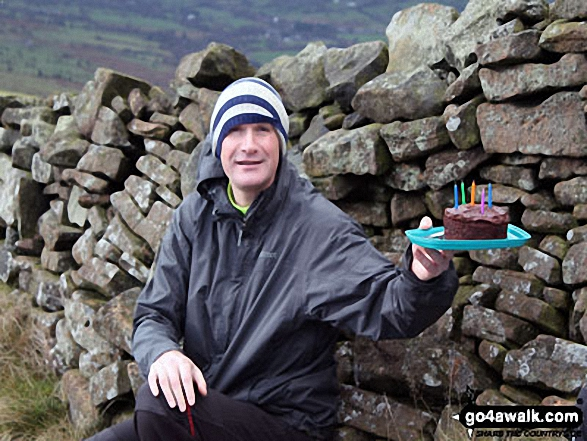 Big Truck on Lose Hill (Ward's Piece) with Birthday Cake. Walk route map d118 Lose Hill (Ward's Piece), Back Tor (Hollins Cross) and Castleton from Hope photo