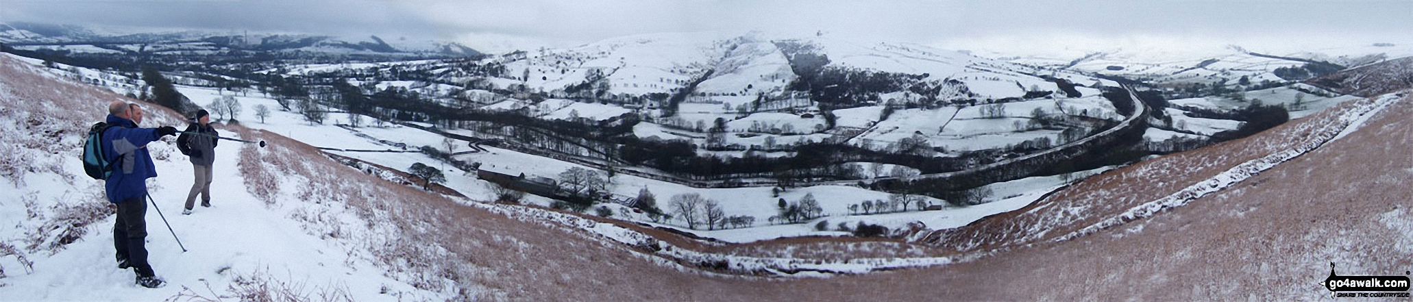 Shatton Edge, Lose Hill (Ward's Piece) and The Vale of Edale from Hope Bank, Winhill Pike (Win Hill) under a blanket of heavy snow