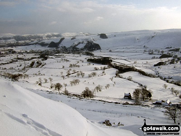 Castleton from Hollins Cross under a blanket of snow. Walk route map d118 Lose Hill (Ward's Piece), Back Tor (Hollins Cross) and Castleton from Hope photo