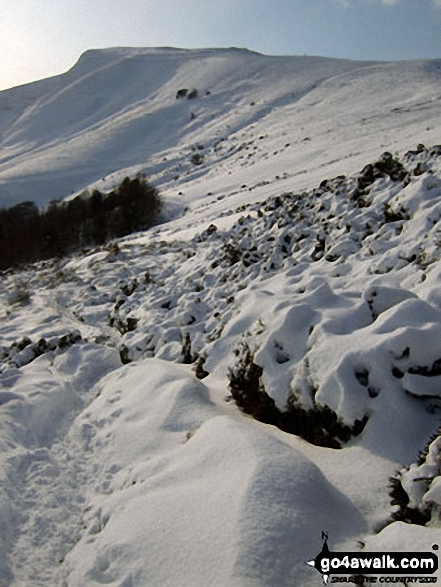 Mam Tor from the path below Hollins Cross under a blanket of deep snow. Walk route map d118 Lose Hill (Ward's Piece), Back Tor (Hollins Cross) and Castleton from Hope photo