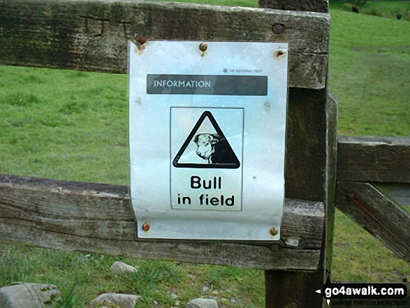 Sign in a field near Loughrigg Tarn