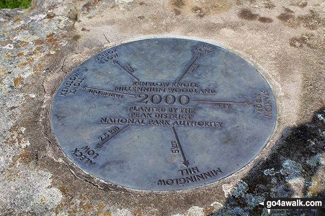 Viewpoint plaque on the Kenslow Knoll summit sculpture