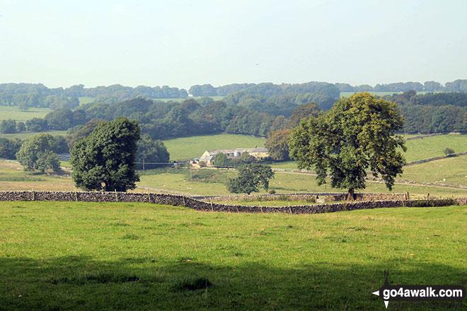Kenslow Farm from Kenslow Knoll