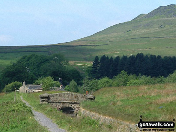 Crowden Youth Hostel. Walk route map d296 Jacob's Ladder and Kinder Scout from Edale photo