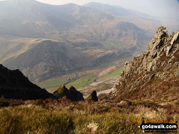 Mynydd Tal-y-mignedd (centre left) and Craig Cwm Silyn (centre right) from Craig y Bera on Mynydd Mawr (Llyn Cwellyn)