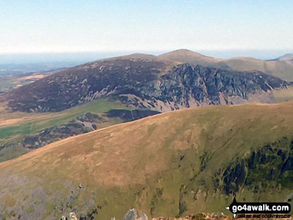 Mynydd Mawr (Llyn Celyn) and Craig y Bera from the summit of Craig Cwm Silyn