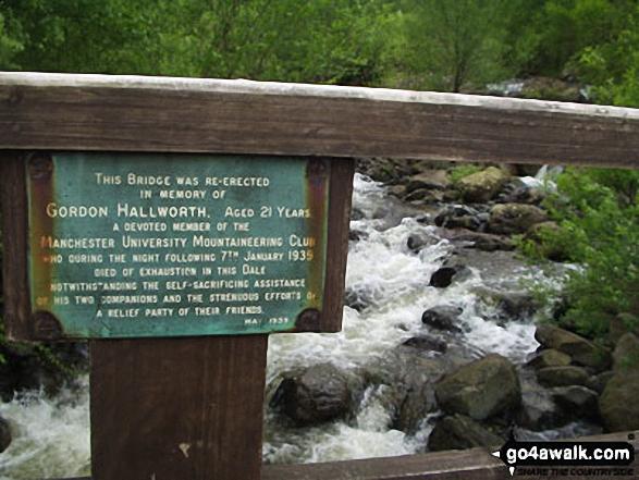 Bridge over Stonethwaite Beck in the Langstrath Valley