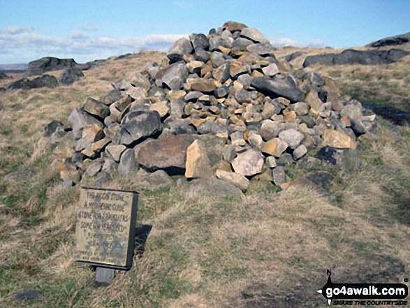 Cairn marking The Aiggin Stone and The Pennine Way, Blackstone Edge Moor