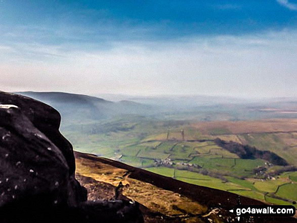 Looking WNW from the summit of Simon's Seat (Wharfedale)