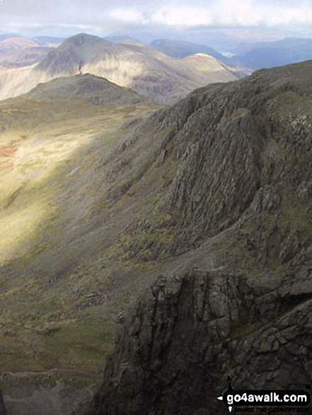 Great Gable (back), Lingmell, the shoulder of Scafell Pike and Mickeldore from Symonds Knott
