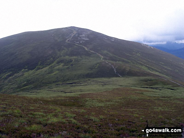 Approaching Meall a' Bhuachaille