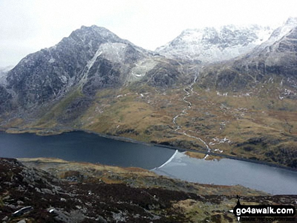 A sprinkling of snow on Tryfan (left) and Glyder Fach (right) above Llyn Ogwen from Pen yr Ole Wen