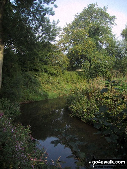 River Medway. Walk route map k156 Smarts Hill from Penshurst photo