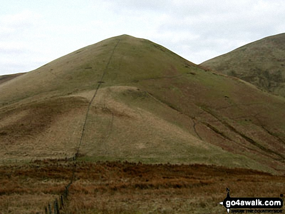 Little Tudhope Hill and the shoulder of Tudhope Hill from Sunhope Hass