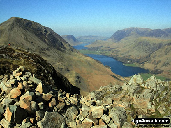 High Crag (left), Crummock Water (left distance) and Buttermere with Grasmoor beyond from Hay Stacks