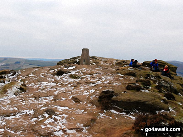 Winhill Pike (Win Hill) summit with just a dusting of snow