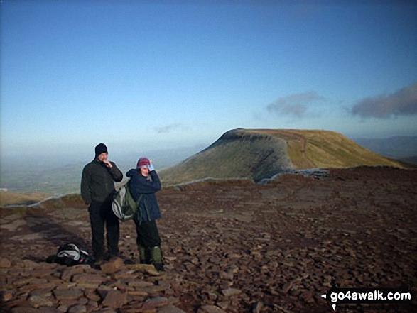 Walk po104 Pen y Fan and Cribyn from Nant Gwdi - Cribyn from Pen y Fan summit cairn