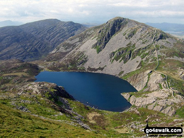 Rhinog Fawr (centre left) and Rhinog Fach (centre right) and Llyn Hywel from Y Llethr