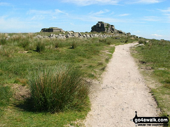 Approaching South Hessary Tor