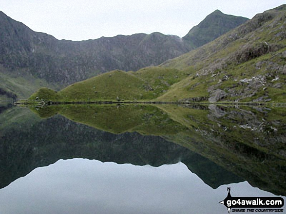 Glaslyn with the shoulder of Y Lliwedd (left) and Snowdon (Yr Wyddfa) on the right