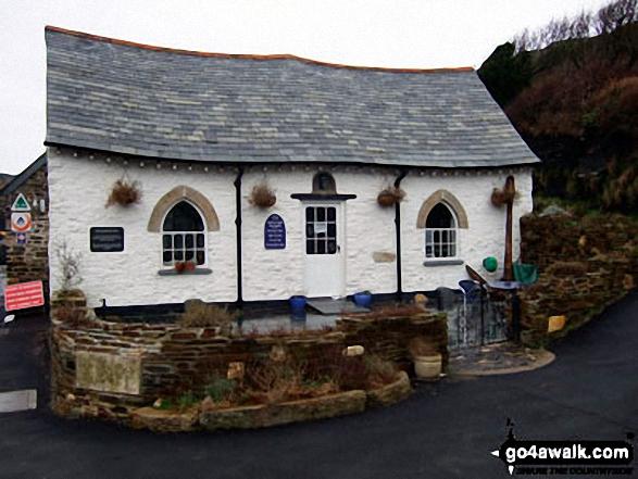 Walk co155 Grower Rock from Boscastle - Harbour Light Tea Garden, Boscastle
