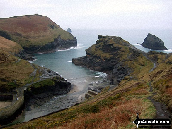 Walk co155 Grower Rock from Boscastle - Boscastle Harbour