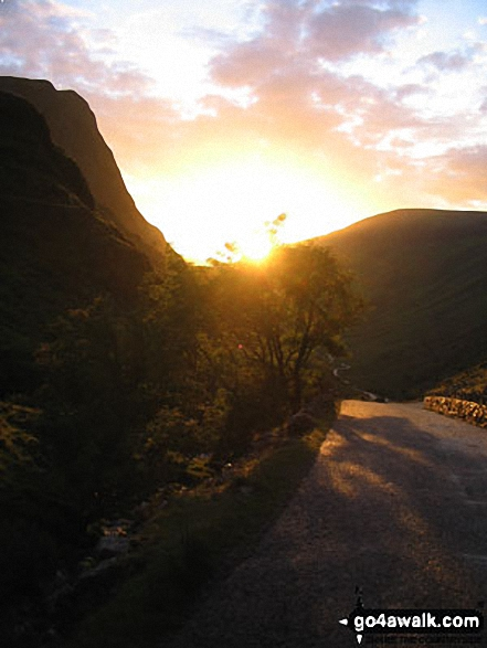 The setting sun on Honister Pass