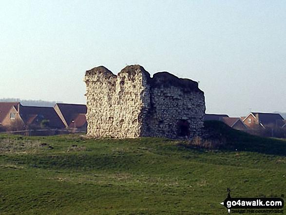 Walk ey100 Flamborough Head from South Landing - Flamborough Castle