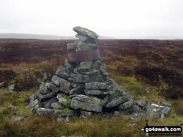 The 'other' summit cairn on Bellbeaver Rigg (Tynehead Fell) about 200m to the South East of the true summit
