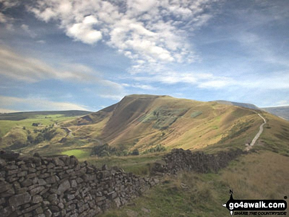 Mam Tor from near Hollins Cross. Walk route map d123 Mam Tor via Cavedale from Castleton photo