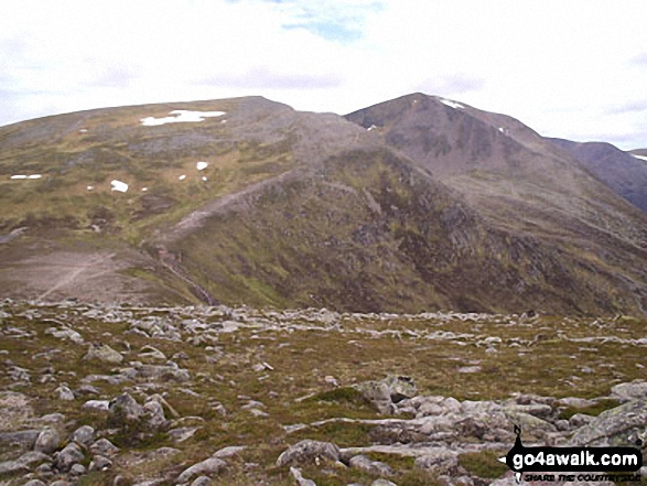 Walk ad104 The Devil's Point and Cairn Toul from Corrour Bothy, Lairig Ghru - Stob Coire an t-Saighdeir (with  Cairn Toul (Carn an t-Sabhail)) beyond) from The Devil's Point