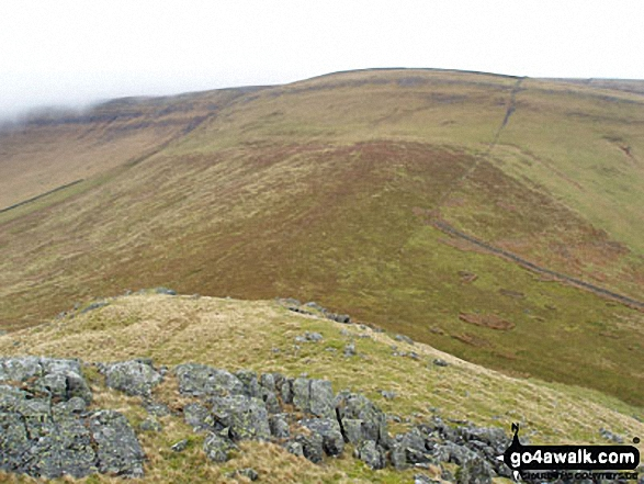 Melmerby Fell from Cuns Fell. Walk route map c430 Cuns Fell, Melmerby Fell and Fiend's Fell from Melmerby photo