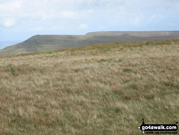 Hay Bluff and Twmpa (Lord Hereford's Knob) from Rhos Dirion