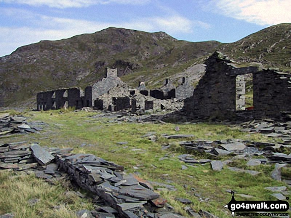 Ruined buildings in Rhosydd Quarry
