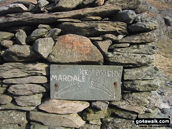 Waymark on Nan Bield Pass
