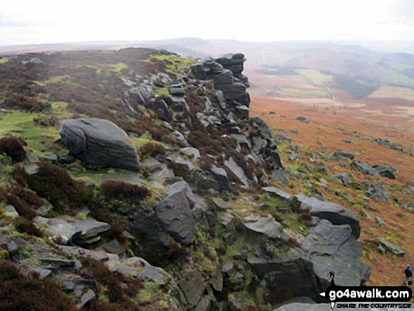 Looking South West along Stanage Edge from High Neb (Stanage Edge)