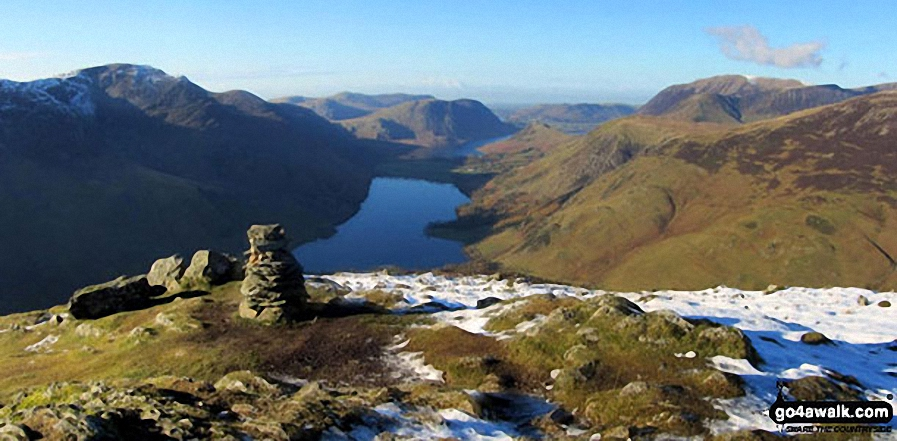 High Stile (left) Buttermere, Mellbreak, Rannerdale Knotts, High Snockrigg, Grasmoor and the shoulder of Robinson (right) from the summit of Fleetwith Pike