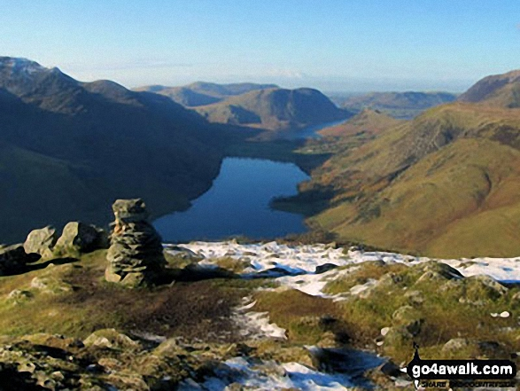 High Stile (left) Buttermere, Mellbreak, Rannerdale Knotts, High Snockrigg and Grasmoor (right) from the summit of Fleetwith Pike