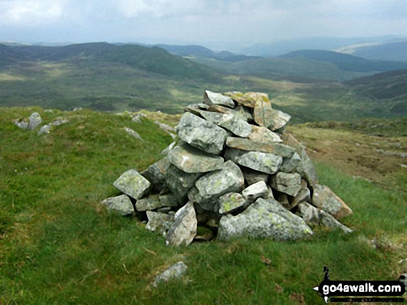 Walk Craig y Benglog walking UK Mountains in The Arenigs Area Snowdonia National Park Gwynedd    Wales
